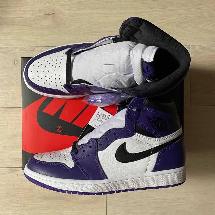 コートパープル靴紐何色がいいですかね? イエローとかでLA風にするのもありかな