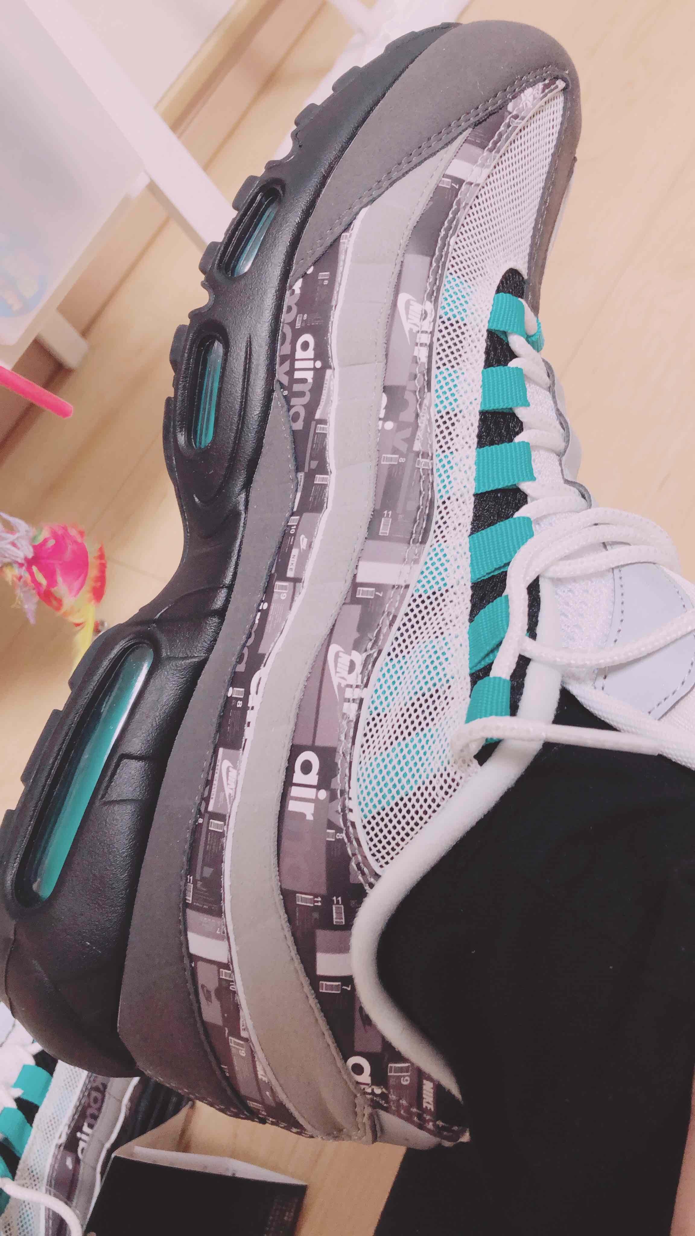 流行、希少性だけでスニーカーを買わずに 自分が惚れた靴は絶対に手に入れる🤤