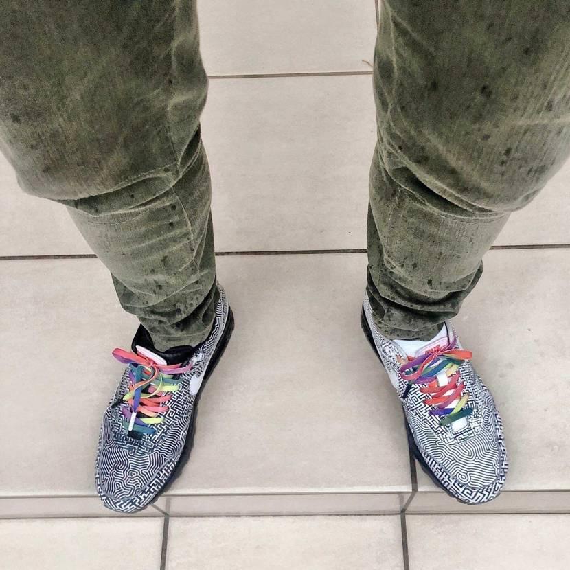 TOKYO MAZE🗼ビショビショですわ〜🤣 皆さん雨の日は👟何履いてますか?