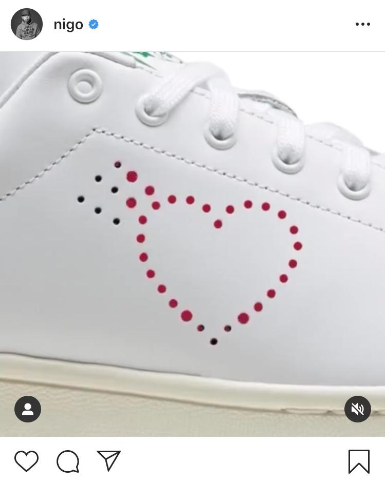買えば成る 買わねばならぬ この靴を 買わぬは俺の 心済まぬなりけり