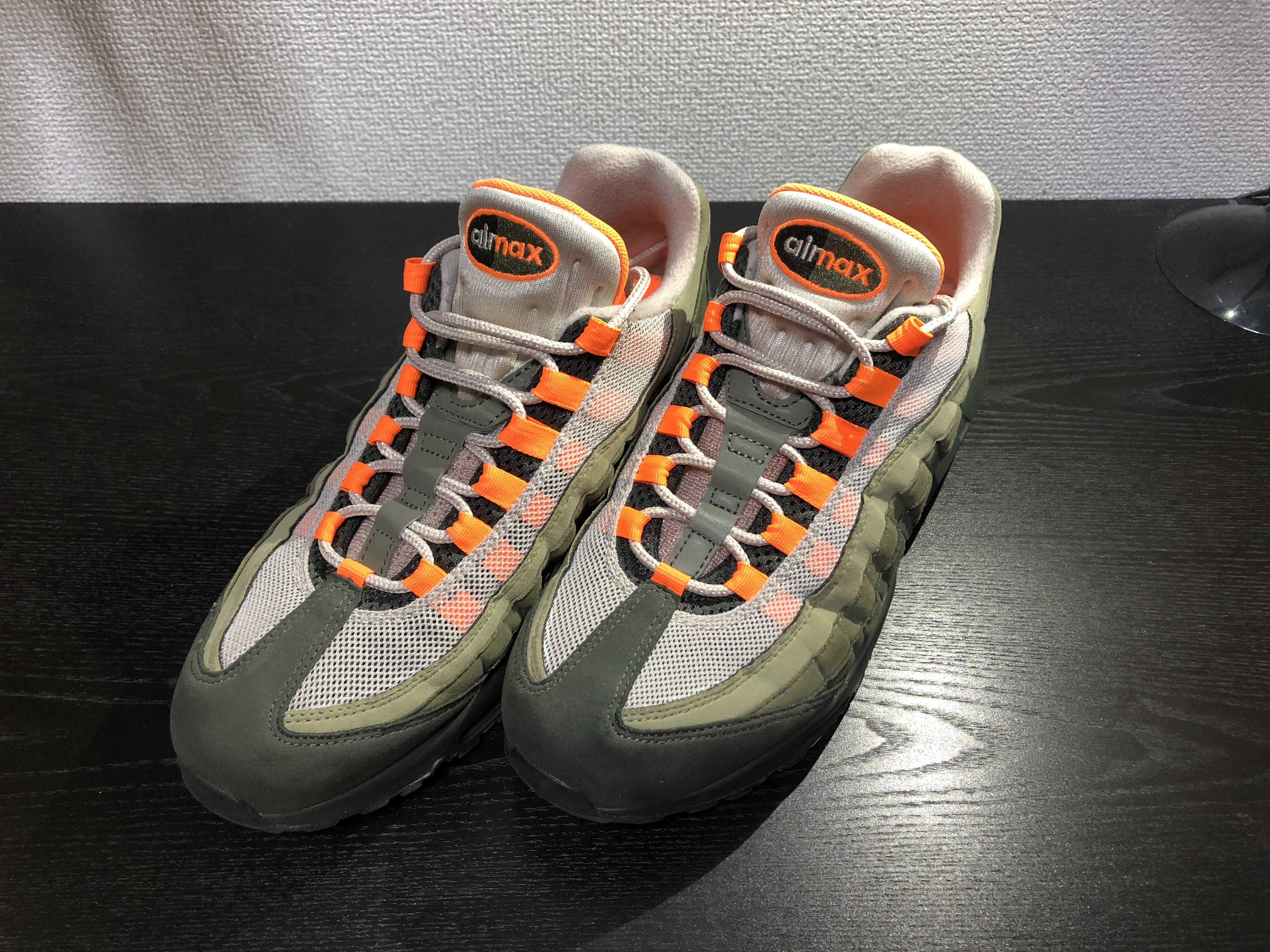 ナイキ エアマックス95 ストリング/トータルオレンジ