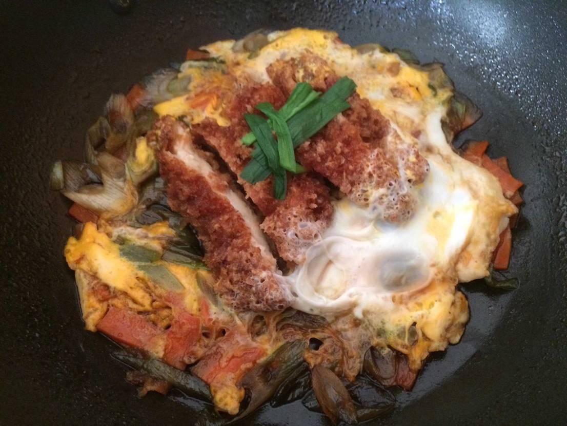 今日皆んなが勝てるように朝からカツ丼作ったで🔥 どうぞお召し上がり下さい!