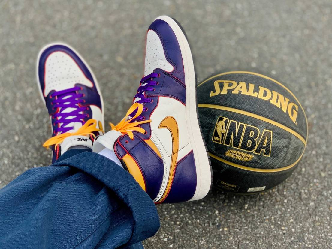 LOS ANGELES LAKERS IS NBA CHAMPIONS  い