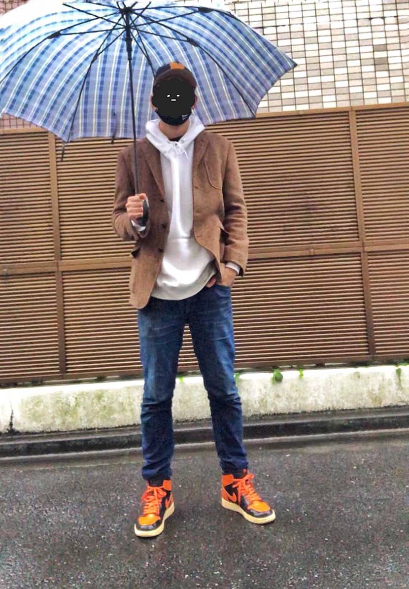 ずっーと雨ですなぁ〜。 ジャケットに合わせる為に暑いの我慢して 夏の間育てた
