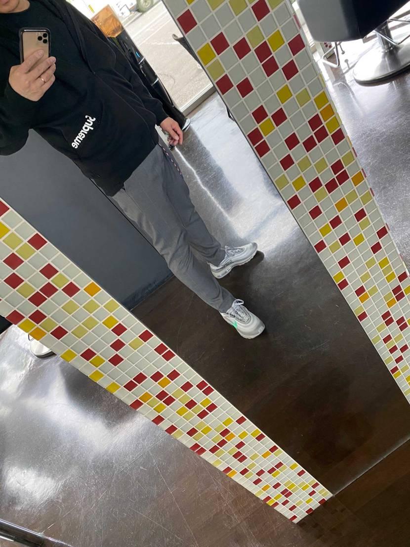 ざす!  今日は、背中の手術でした。 買い替えた97履きました。 しっく