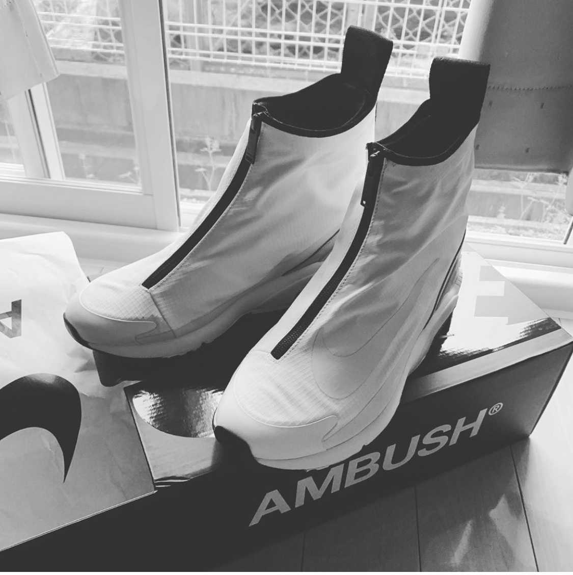 アンブッシュ® × ナイキ エアマックス180 ハイ ホワイト