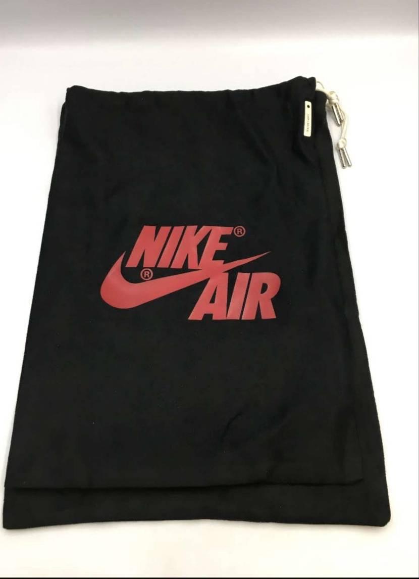 所持している方コメント願います そもそも袋の大きさ同じなんですか?