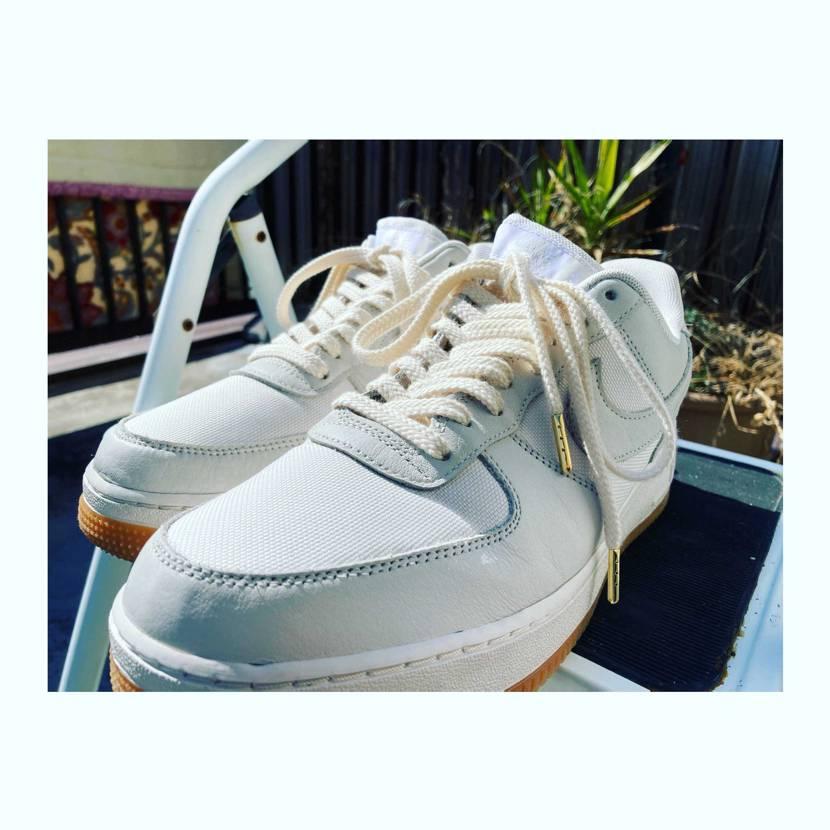 Maintenance & Change of shoelace