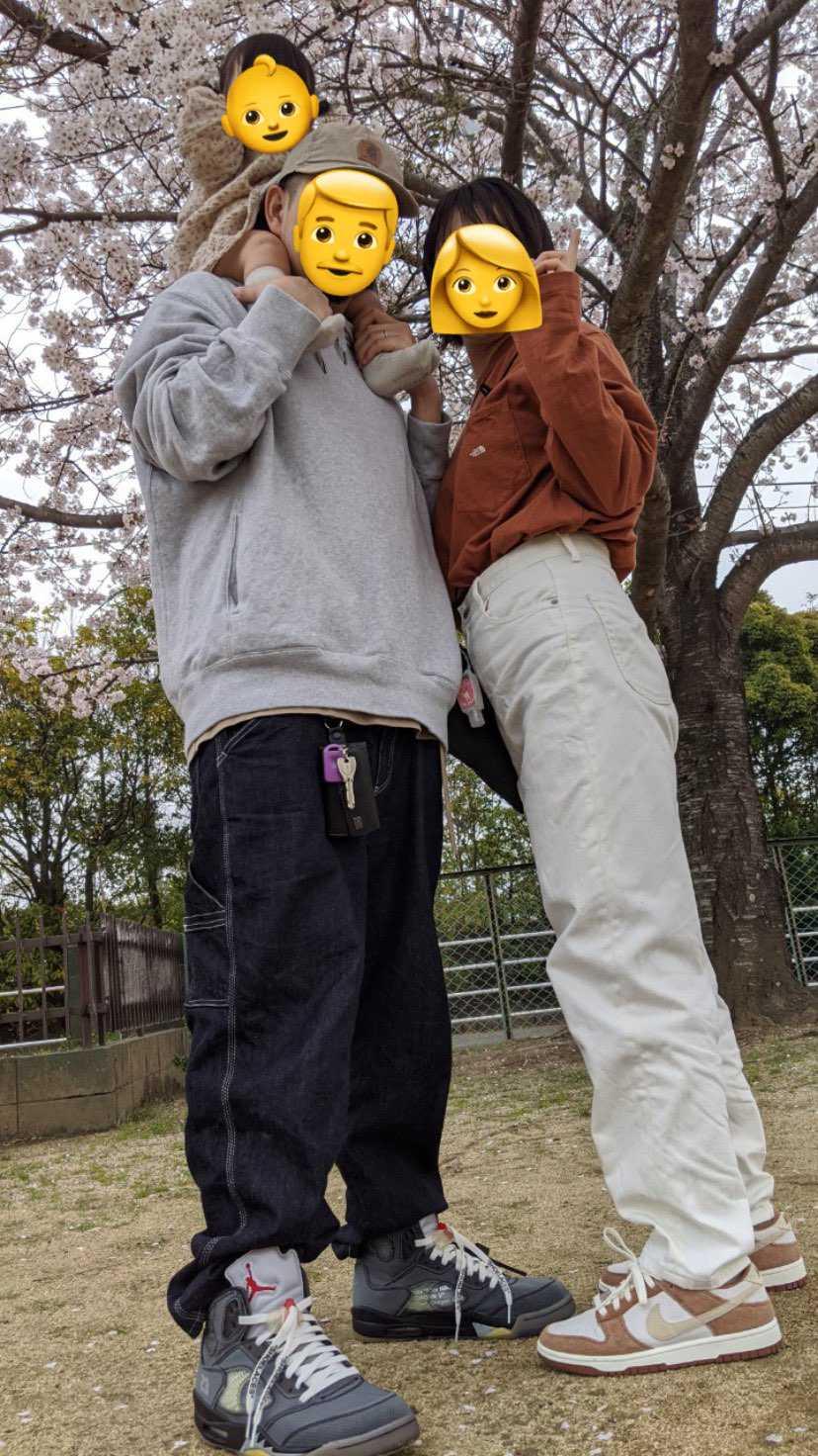実家の桜見に行きました  いつもコストコとか足場いいとこだけ履いてたけど、土