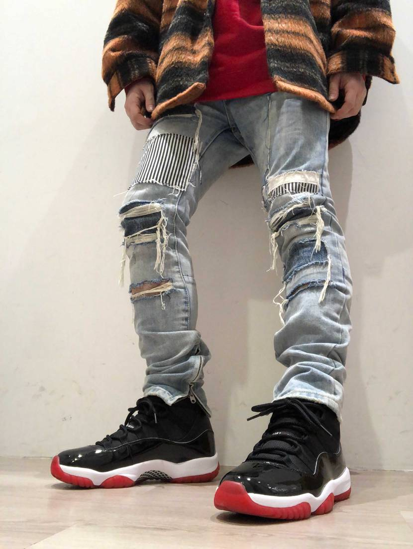 AIR JORDAN 11 BRED
