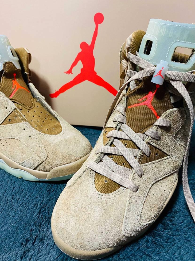 いまだに靴紐で悩んでる自分を 許してください🙃  #nike #aj6