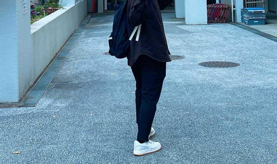 大学行くと大体1日1回はレアなスニーカー履いてる人いるんだよなあ笑 覚えてるの
