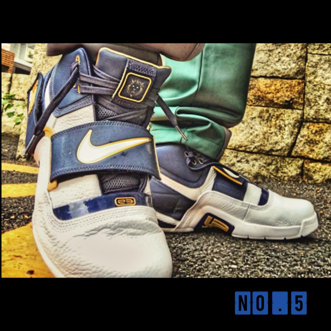 NIKE LEBRON ZOOM SOLDIER 1 THINK 16 25 STRAIGHT ナイキ レブロン ズーム ソルジャー