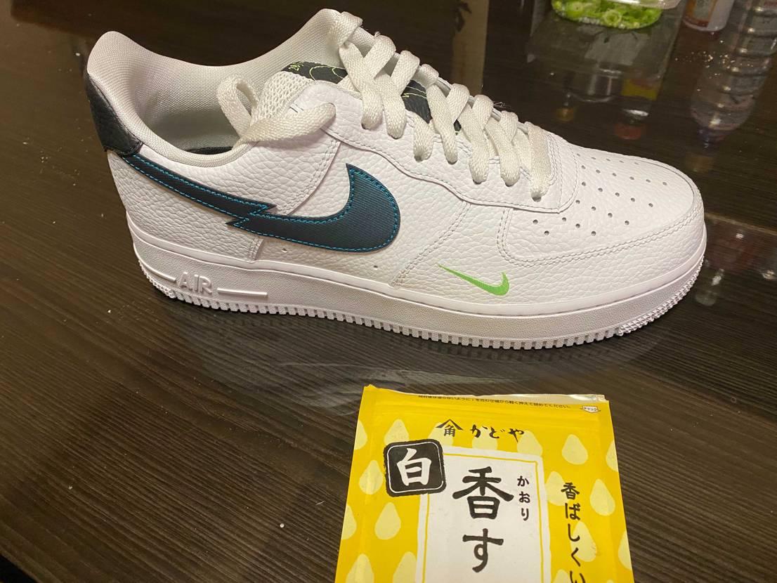 この靴の正式名称わかる方みえませんでしょうか?