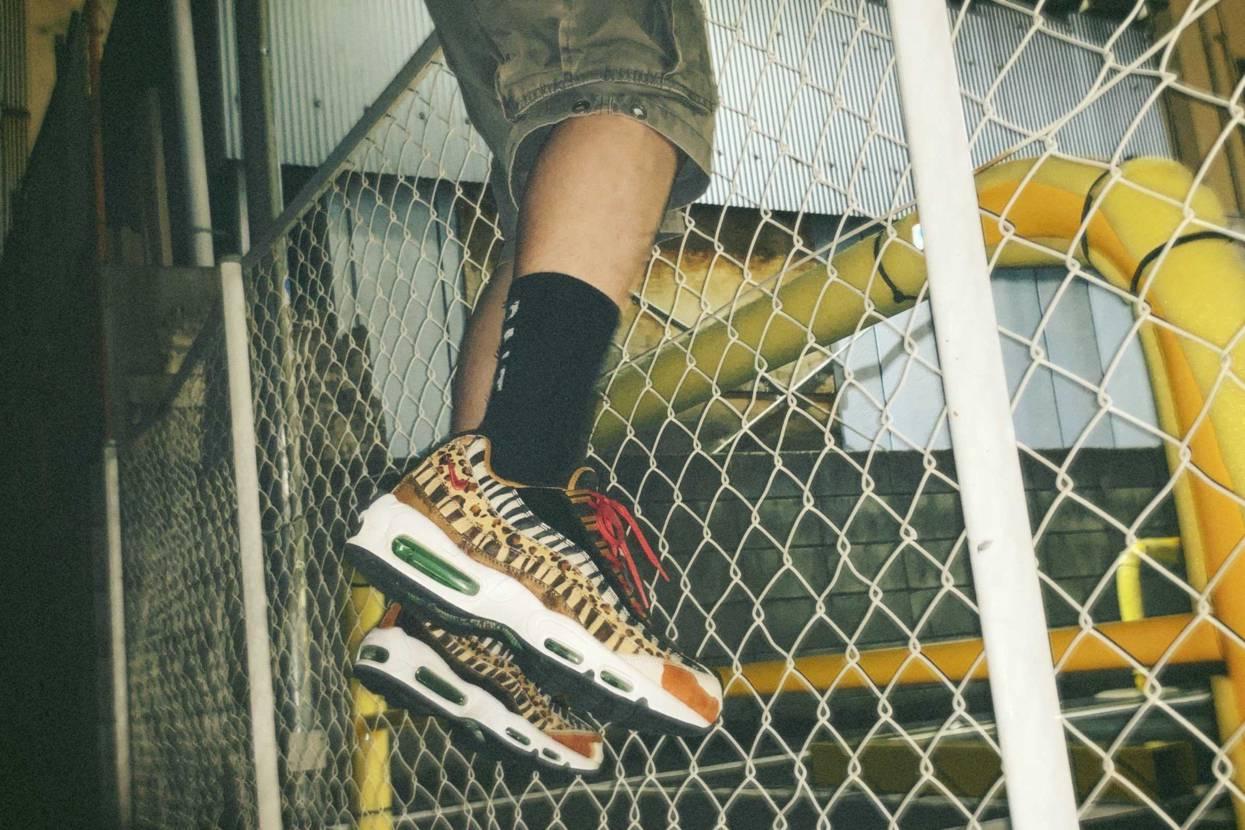 高校の時並びに行って単位落とした靴。 抽選番号は60番だったのに成績は1でした