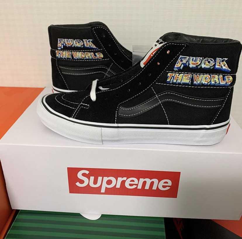 supreme × vans