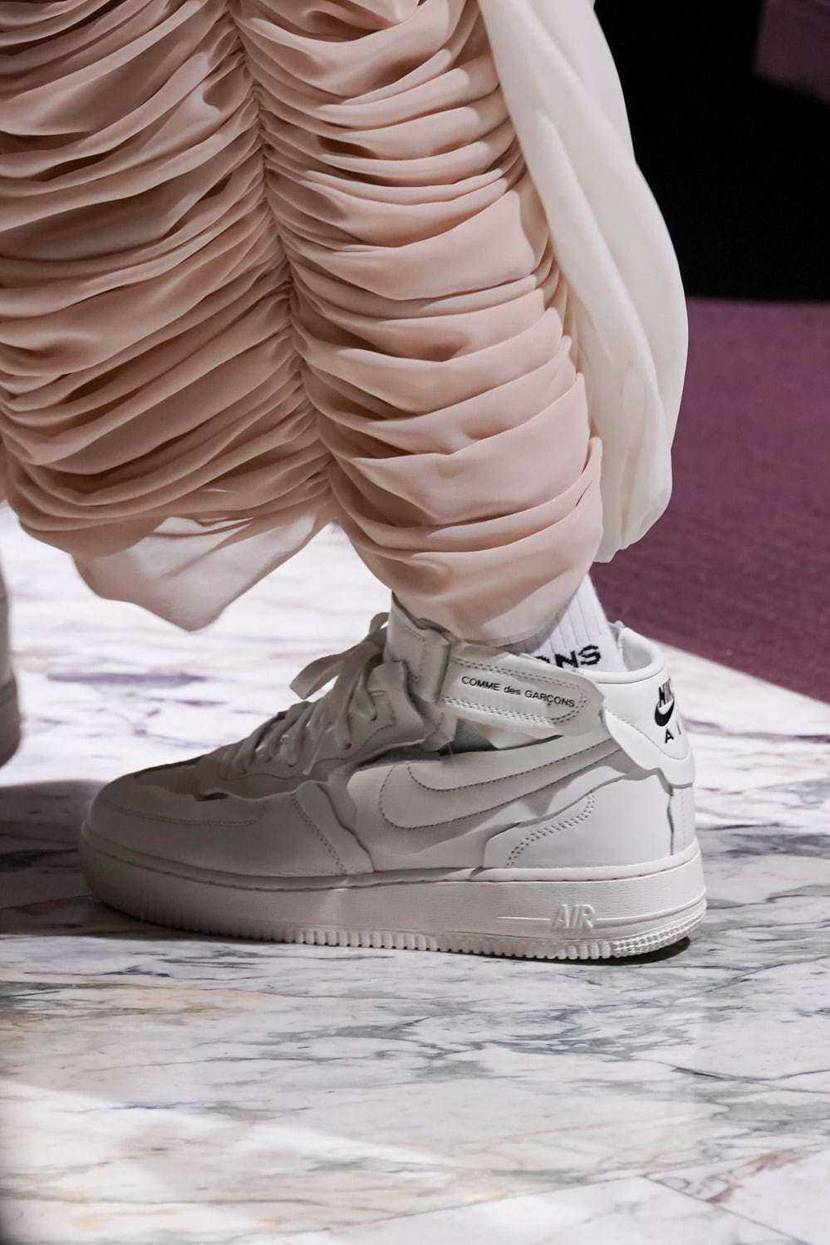 Comde x air force1 mid