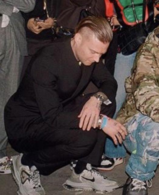ウィリアムズのこの靴気になりすぎる