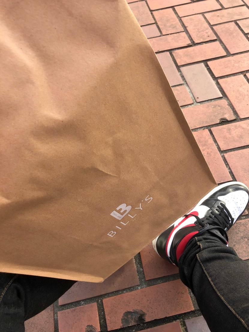 スニーカーズは安定のハズレ けど店舗で買えたのでヨシ