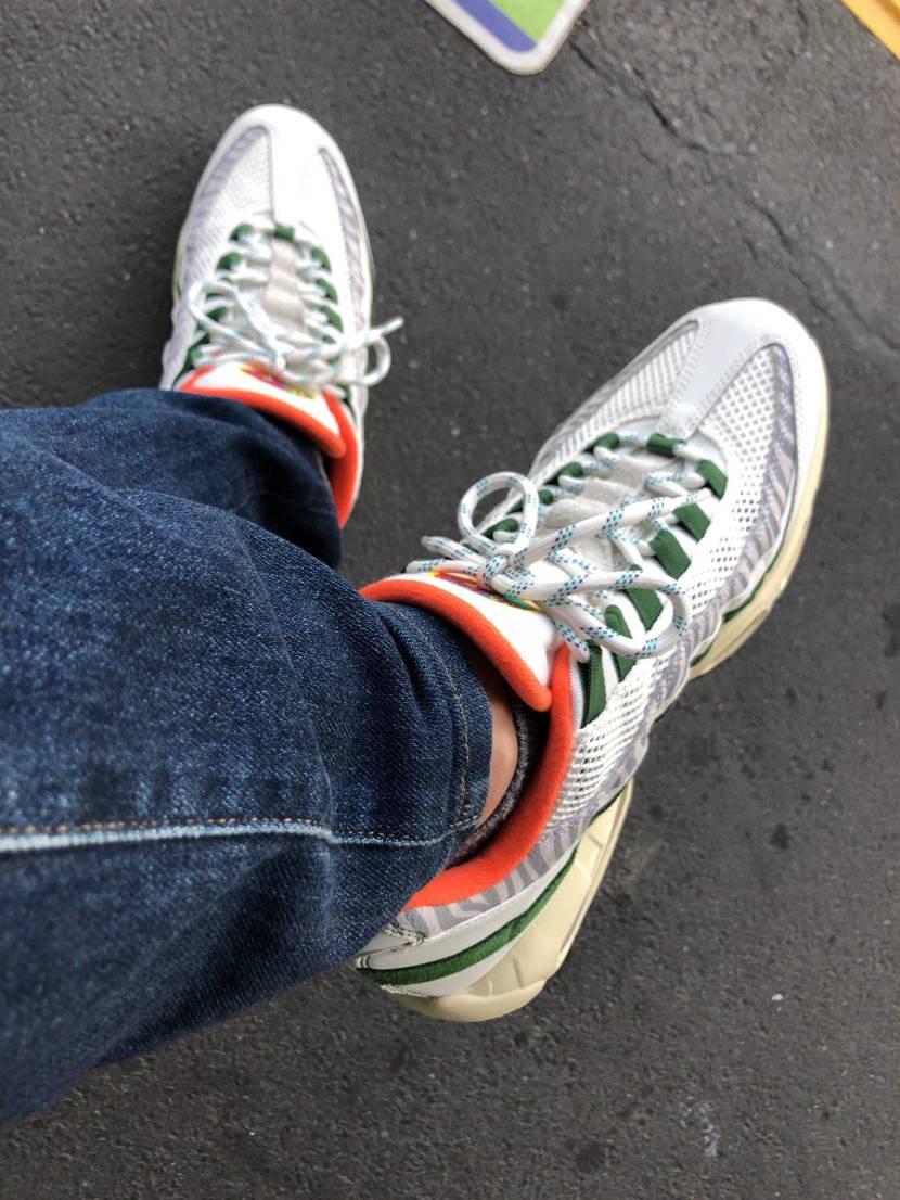 今日の通勤のお供にERA!! 95は足に馴染みやすくて好き。  #nike