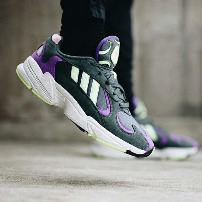Adidas YUNG~1