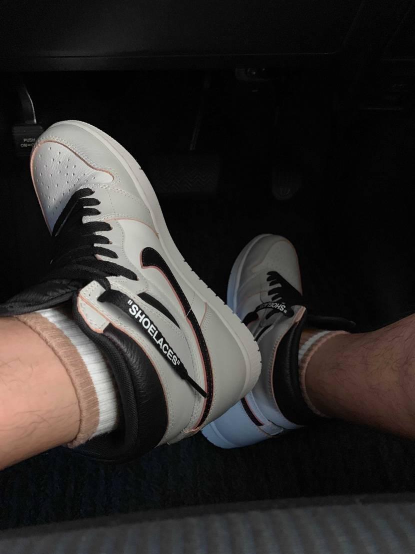 昨日、嫁に出張中に靴(イージーブースト350 クラウド←もちろん値段は言ってない