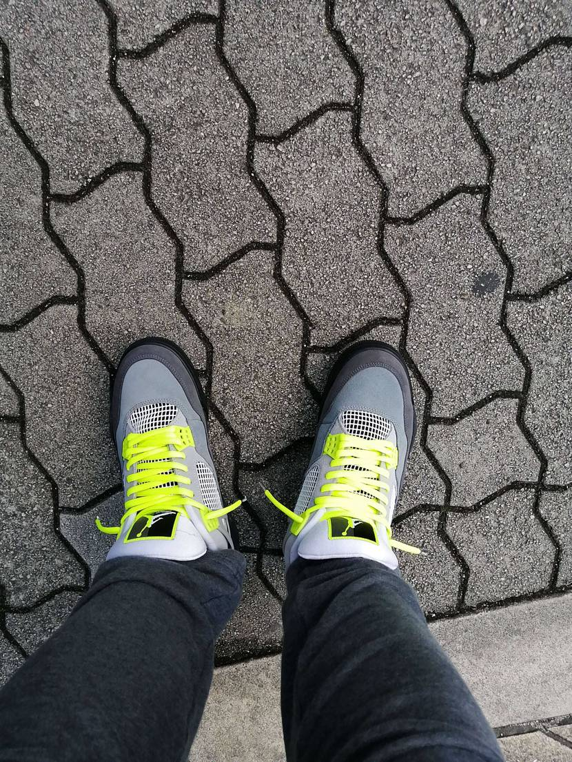 エアジョーダン4ネオン初履き‼️いい感じ♪#airjordan