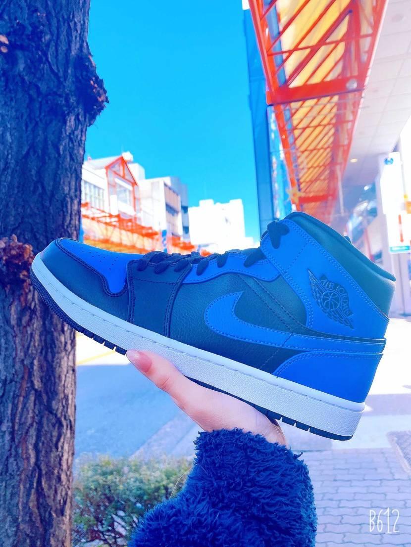 冬空に映える青😊✨