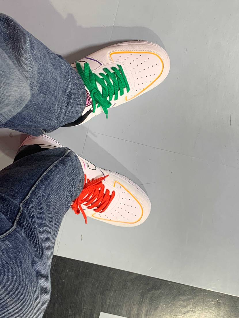 メリークリスマス with ハロウィン仕様の靴、笑笑