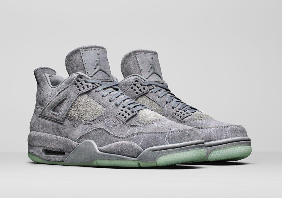 Nike Air Jordan 4 × KAWS