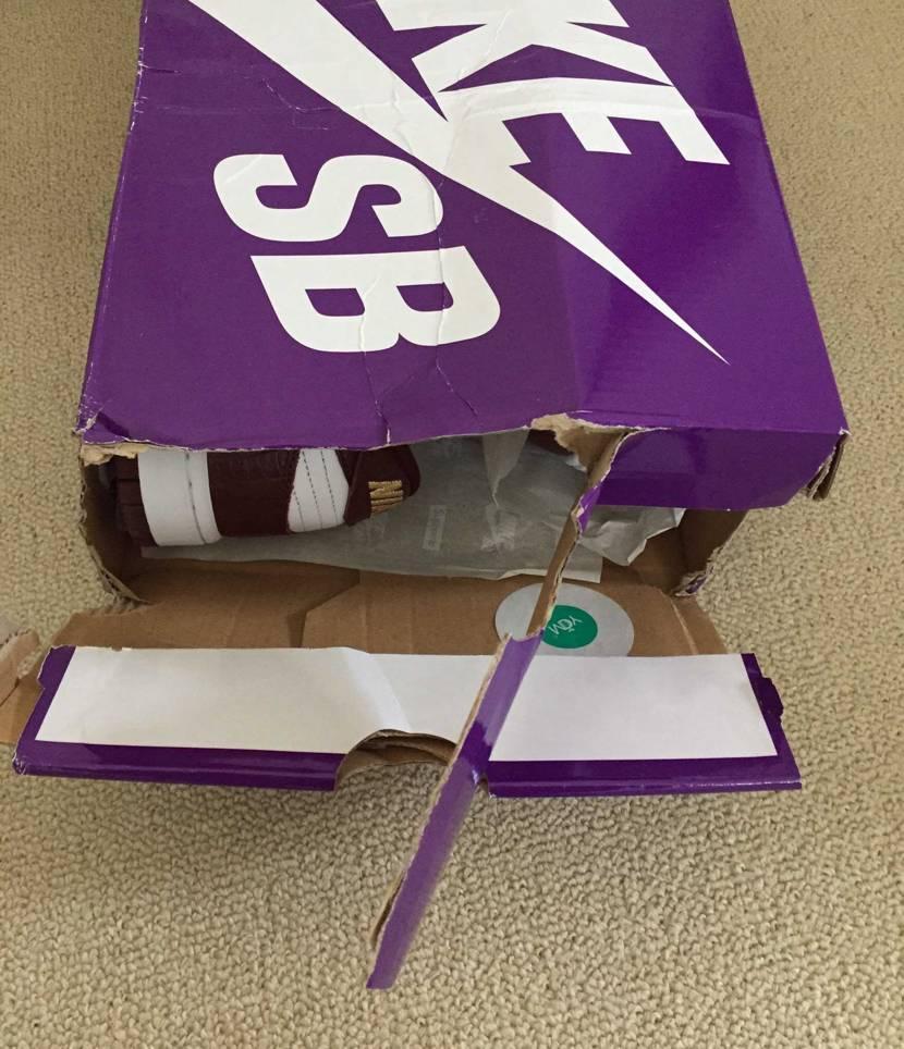 stockXから届いた段ボール箱開けたら、こんなんや!なめとんかっ!? #st