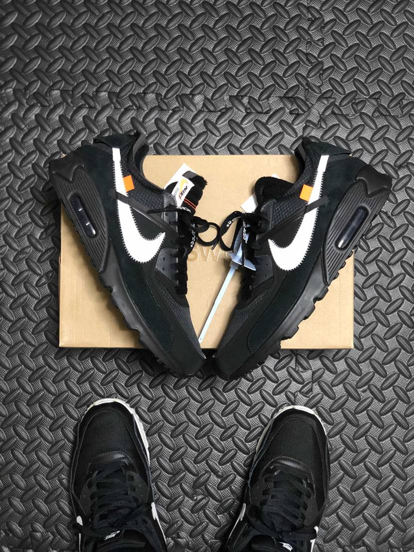 Off-White×NIKE The TEN AIR MAX90 初のOff-