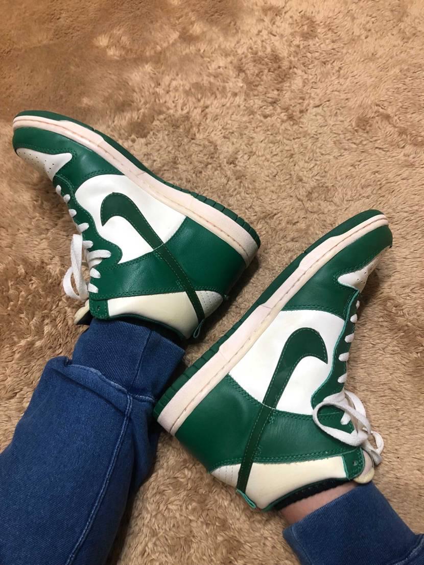 緑色のダンク、ジョーダン1かたまにダンクに浮気。。
