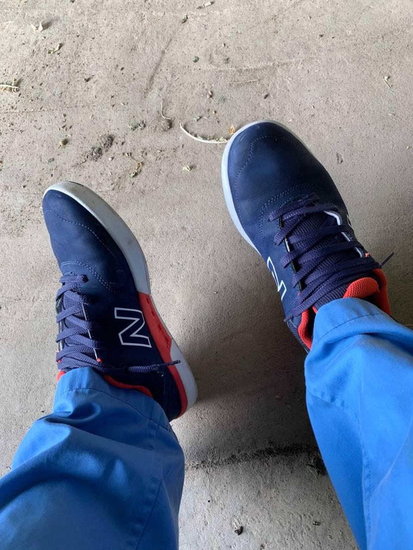 昔の靴洗って作業靴にしてみた。 問題! これが何かわかる人いるかな?笑