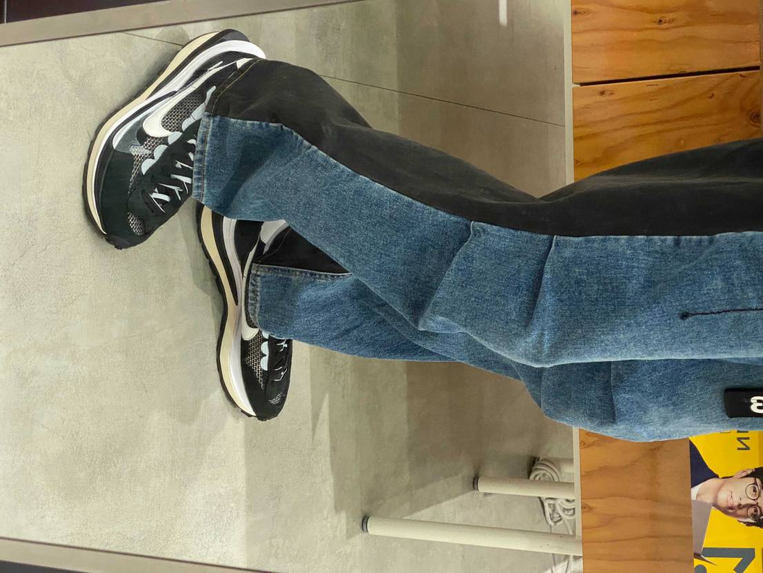 近くのショッピングモールに行くだけだけど履ける時に履いとかないと精神で卸しちゃい