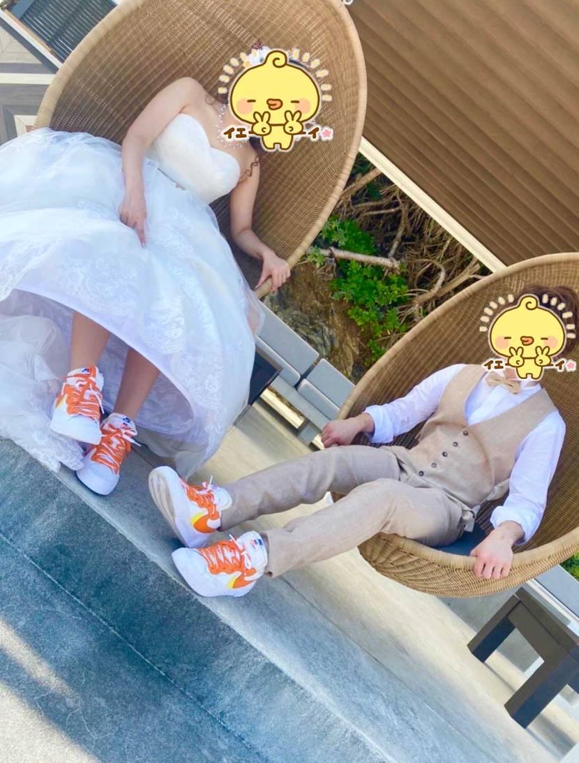 念願のスニーカーウェディングが出来ました👟  奥様の好きなオレンジ色でお揃い