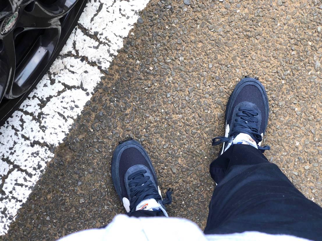 履いたった メッシュ快適だし履き心地良い👍  やっぱ運転は踵が少し気になる