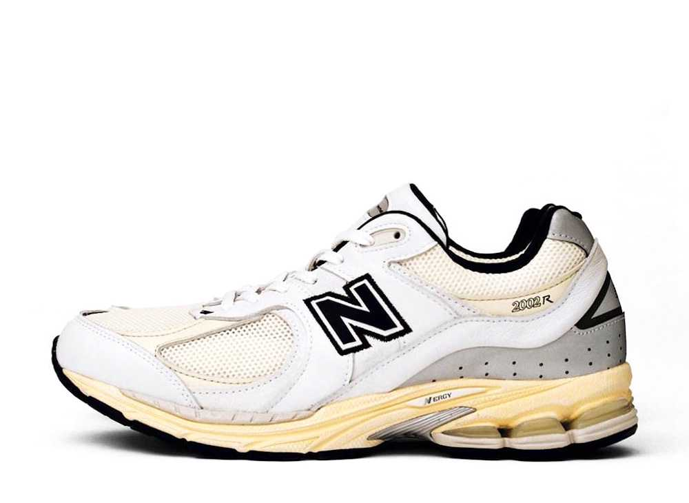 """ディスイズネバーザット× ニューバランス  2002R """"ホワイト"""""""