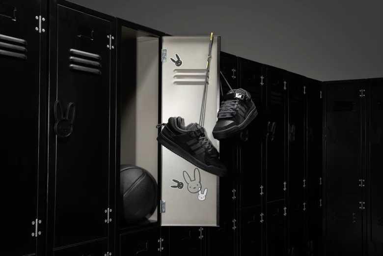 """【スニダンで購入可】8/17発売 BAD BUNNY × ADIDAS FORUM '84 LOW """"CORE BLACK""""  抽選/定価/販売店舗まとめ"""